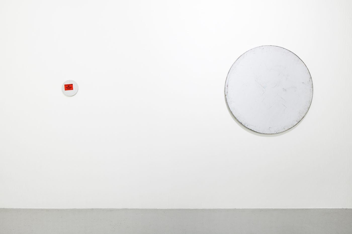 Galerie Lange + Pult – Olivier Mosset / Karin Sander